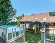 18 Gailview  Drive, Oyster Bay image