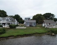 70 SHORE DR, Charlestown image