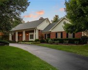 12057 Embassy Row, Town and Country image
