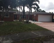 13976 Lake Lure Ct, Miami Lakes image