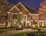 517 Woodlake Dr, Louisville image