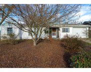 722 NE MEADOW  AVE, Roseburg image