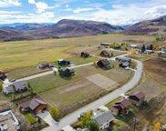 152 Oak Ridge Circle, Oak Creek image