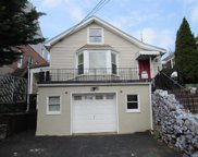43 St James Terrace, Yonkers image