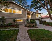 3880 Vineyard Dr, Redwood City image