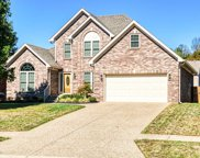 8910 Fox Chase Pl, Louisville image