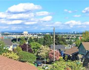 1808 N 37th St, Seattle image
