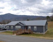 3949 Roundtop Dr, Sevierville image