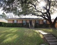 2735 Ripplewood Drive, Dallas image