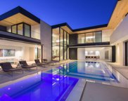 9255 SWALLOW Drive, Los Angeles (City) image