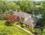 5085 LAKE BLUFF RD, West Bloomfield Twp image