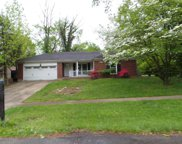 8100 Barbour Manor Dr, Louisville image