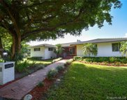 5995 Sw 130th Ter, Pinecrest image