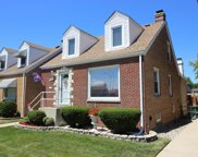 8308 West Forest Preserve Avenue, Chicago image