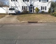 525 Bedford  Avenue, W. Babylon image
