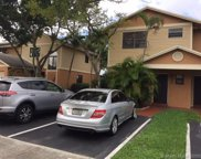272 Nw 106th Ter, Pembroke Pines image