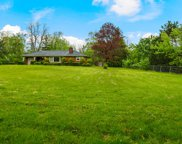 460 Meadowlark Lane, Northfield image