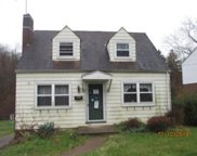 961 Mcneilly Rd, Mt. Lebanon image