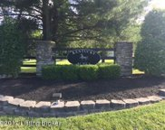 2804 Hollow Oak Dr, Crestwood image