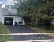 2154 Queensdale Court, Maumee image