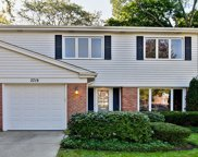 2719 East Bel Aire Drive, Arlington Heights image