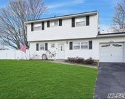 5 Orchid  Road, E. Patchogue image