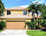 1911 Nw 182nd Ter, Pembroke Pines image
