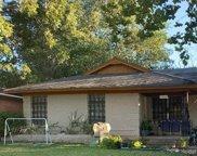 8928 Rockledge Drive, Dallas image