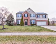 1118 Lexington Woods  Drive, Avon image