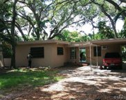 1725 Ne 137 Ter, North Miami image