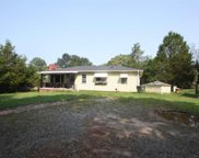 555 E Darby Road, Taylors image