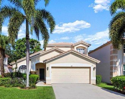 463 Woodview Circle, Palm Beach Gardens