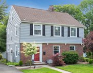 10 Tuxedo Place, Morristown Town image