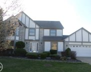 41752 Pond View Dr, Sterling Heights image