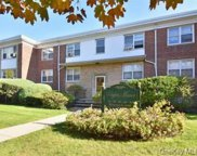 18 Keogh  Lane Unit #1a, New Rochelle image