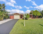 8521 Nw 15th Ct, Pembroke Pines image