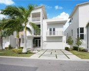 8305 Nw 34th Dr, Doral image