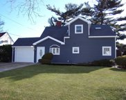 169 N Duckpond Dr, Wantagh image