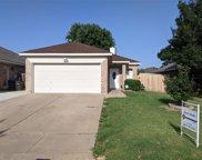 7108 Park Creek Circle W, Fort Worth image