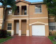 843 Nw 135th Ave, Pembroke Pines image