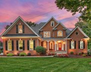 165  Mariner Pointe Lane, Mooresville image