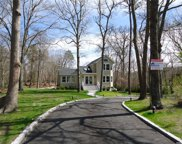 7 Woodview Way, Hampton Bays image