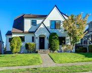 2226 Eastmont Wy W, Seattle image