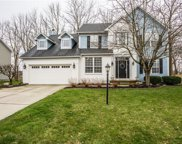 8353 Weaver Woods  Place, Fishers image