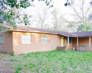 7218 Valrie Lane, Riverview image