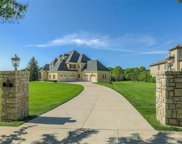 7905 N Shoal Creek Valley Drive, Kansas City image