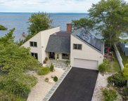 21 Oak Point Dr N, Bayville image