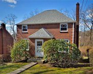 284 Barclay, Forest Hills Boro image