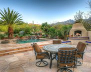 5811 N Calle Grandeza, Tucson image