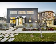 3654 S Huntington Dr E, Bountiful image